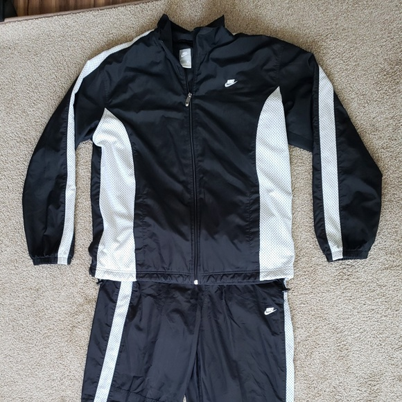 a403875727bc Nike VTG Windbreaker Jacket and Pants Track Suit